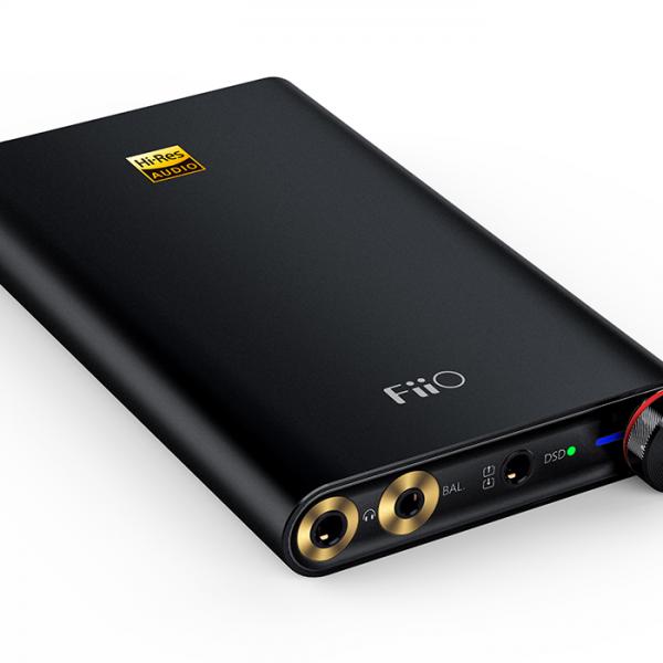 FiiO Q1 Mark II ausinių stiprintuvas su DAC
